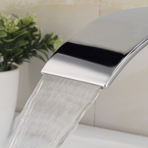 Waterfall Chrome-plated Contemporary Basin Mono mixer Tap